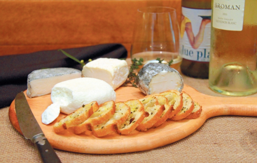 Goat cheese plate with Sauvignon Blanc