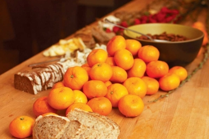 Bread and tangerines