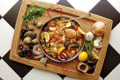 Paella and the ingredients