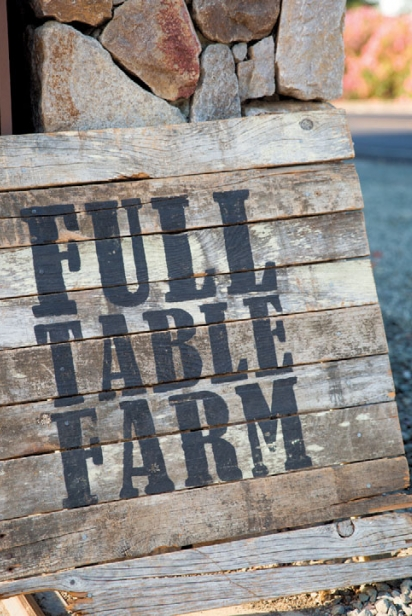 Full Table Farm sign
