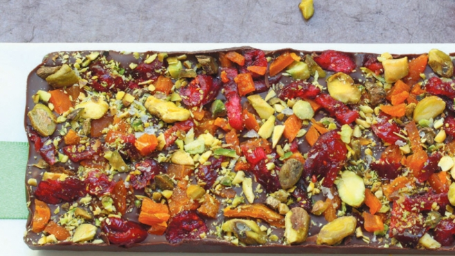 Salted Dark Chocolate and Cinnamon Bars with Apricots, Cranberries and Pistachios
